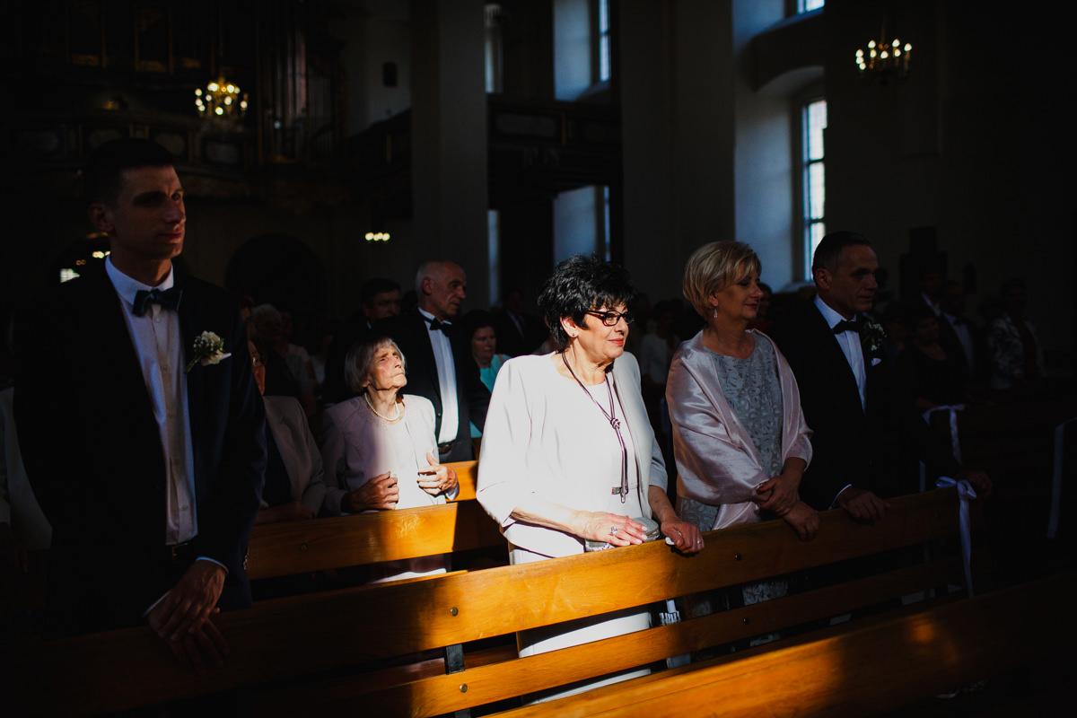 kosciol jezuitow torun slub zdjecie
