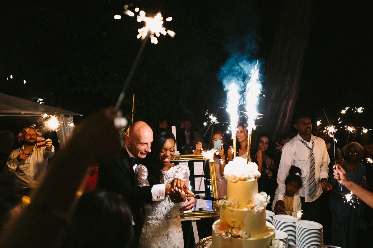 tort na weselu zdjecie
